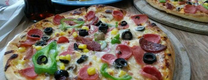 Marina Pizza is one of Lugares guardados de Aycan.