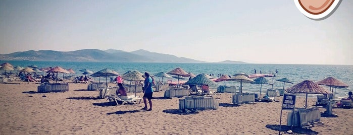 Bankacılar Beach Club is one of Tempat yang Disukai UFuK•ॐ.