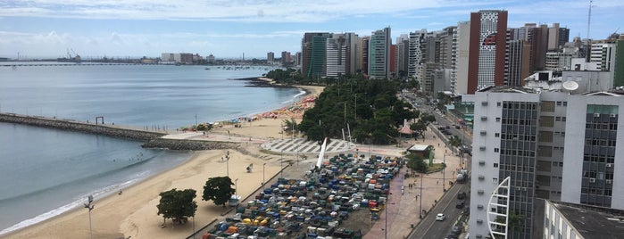 Beira Mar Trade Center is one of Bar.