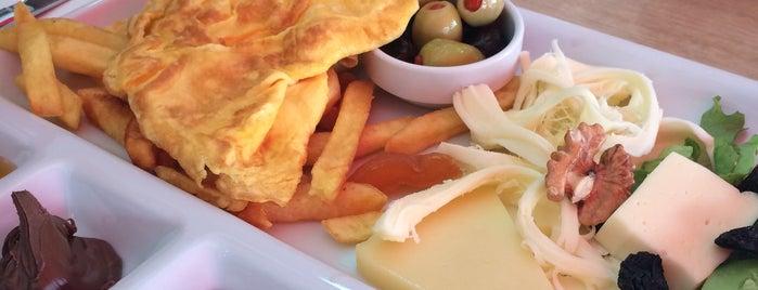 Ada Günaydın Kahvaltı Şarküteri Restaurant is one of Lugares favoritos de Ezgi.