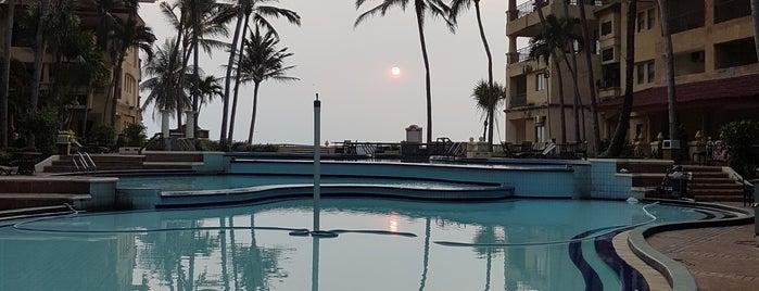 Marbella Hotel, Convention & Spa is one of Mulliechan'ın Kaydettiği Mekanlar.