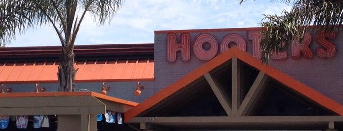 Hooters is one of Posti che sono piaciuti a Stephen G..