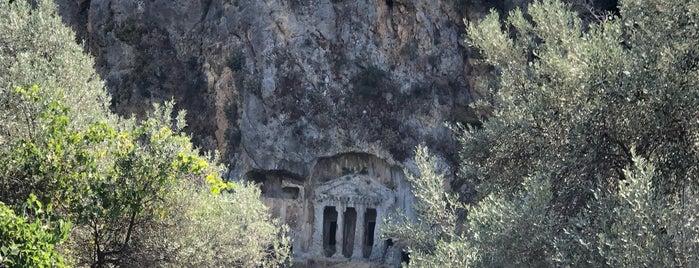 Saklıkent Şelalesi is one of สถานที่ที่ Altuğ ถูกใจ.
