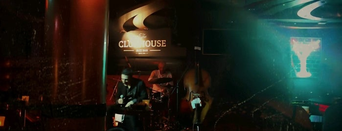 Clubhouse Jazz Bar is one of Merve 님이 저장한 장소.