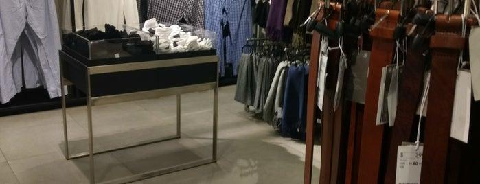 H&M is one of Tempat yang Disukai Jose.