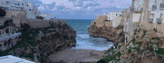 Spiaggia di Polignano is one of Puglia.