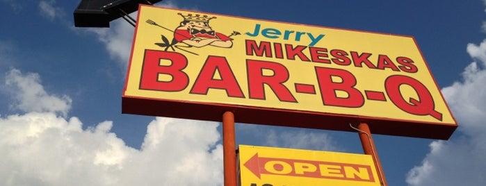 Mikeska's Bar-B-Que is one of Gespeicherte Orte von Glenn.