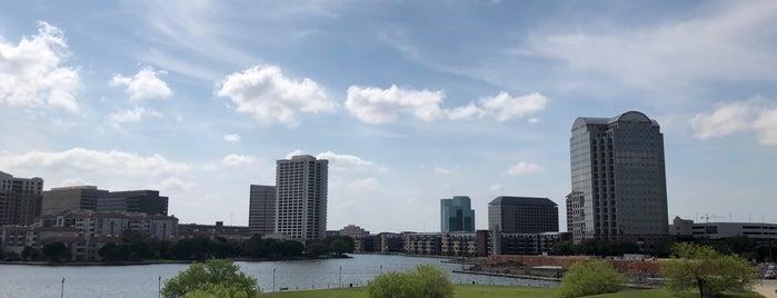 Lakeside Urban Center Apartments is one of Kamila 님이 좋아한 장소.