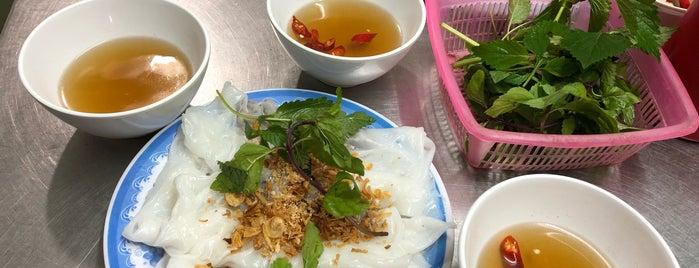 Bánh Cuốn 14 Bảo Khánh is one of Posti che sono piaciuti a Andre.