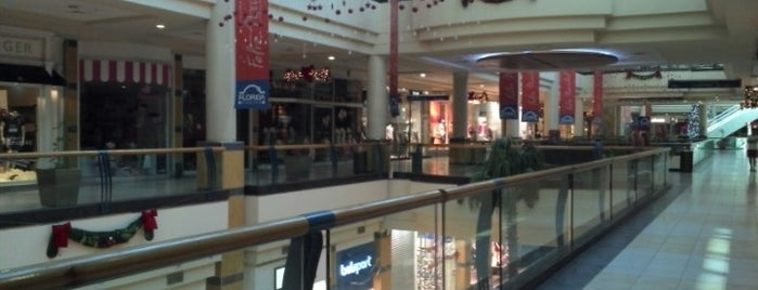 Mall Florida Center is one of Minha Santiago (Chile).
