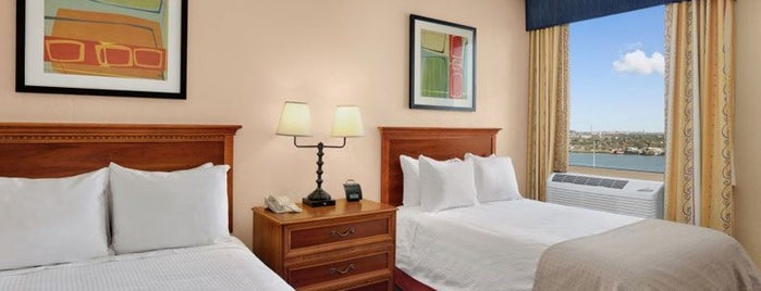 Wyndham New Orleans French Quarter is one of Southern Jets Innanashional Layover Hotels.
