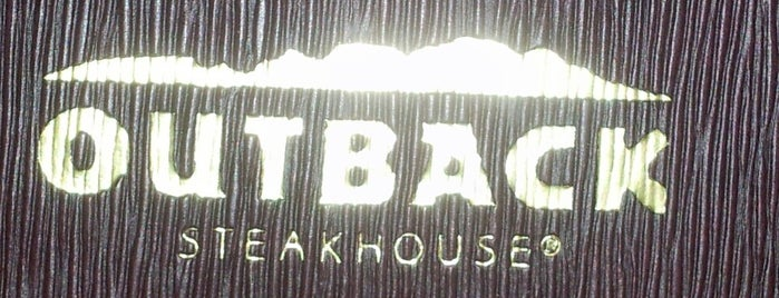 Outback Steakhouse is one of Locais curtidos por Alan.