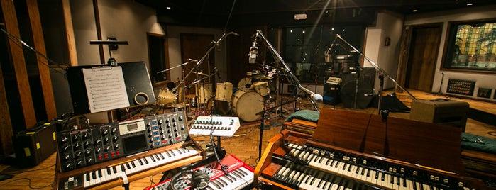 The Village Recording Studios is one of Orte, die A gefallen.