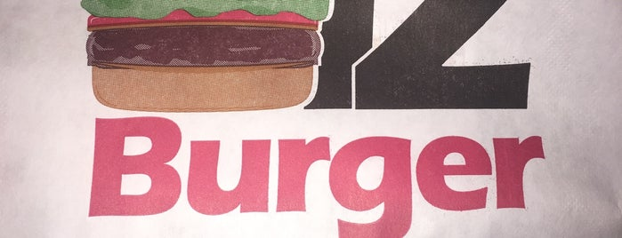 12 Burger is one of Lugares guardados de Queen.