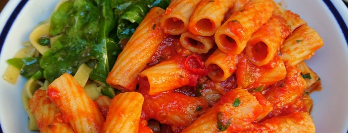 La Pasta is one of Federicoさんのお気に入りスポット.