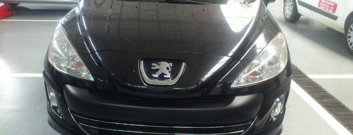 Peugeot Ilıcak is one of Orte, die Burak gefallen.
