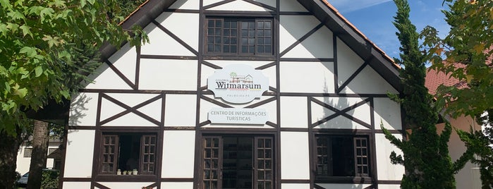 Colônia Witmarsum is one of 𝔄𝔩𝔢 𝔙𝔦𝔢𝔦𝔯𝔞 님이 좋아한 장소.