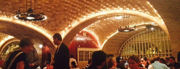 Grand Central Oyster Bar is one of Posti che sono piaciuti a Ashleigh.