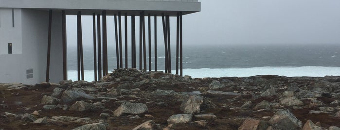 Fogo Island Inn is one of Lieux qui ont plu à Ashleigh.