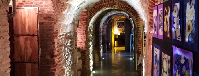 La Bodega de los Secretos is one of Madrid.
