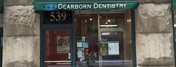 Dearborn Dentistry is one of Posti che sono piaciuti a Kate.