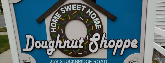 Home Sweet Home Doughnut Shoppe is one of Trip to Berkshires.