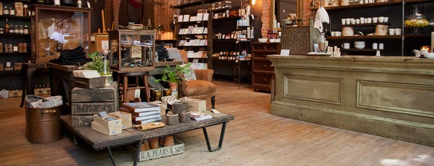 E. Smith Mercantile is one of Lugares favoritos de Thomas.
