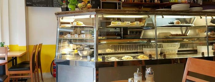Cafe Deco is one of สถานที่ที่บันทึกไว้ของ Sara.