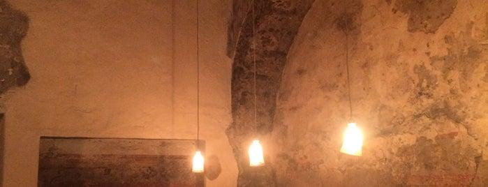 Profética - Casa de la Lectura is one of สถานที่ที่ Sheirly ถูกใจ.