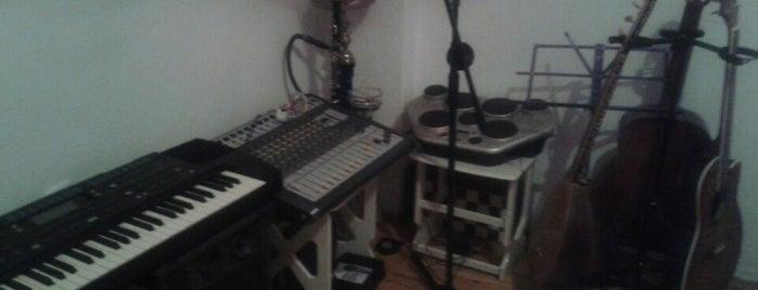 Mesut's Home Studio is one of Mesutさんのお気に入りスポット.