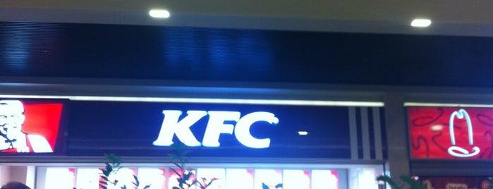 KFC is one of Orte, die 🌜🌟hakan🌟🌛 gefallen.