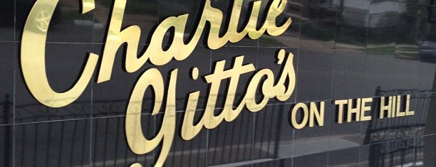 Charlie Gitto's on The Hill is one of Adam 님이 저장한 장소.