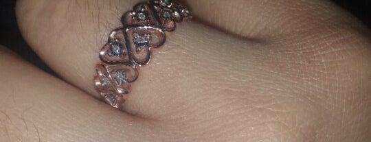 Kay Jewelers is one of Pitufry 님이 좋아한 장소.