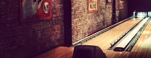 Brooklyn Bowl is one of Lugares favoritos de Adam.