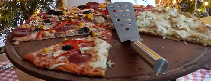 Pizzaria di Mozza is one of 👑Serkan👑 : понравившиеся места.