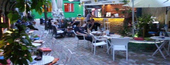 Frak is one of Kafe-barovi Beograda.