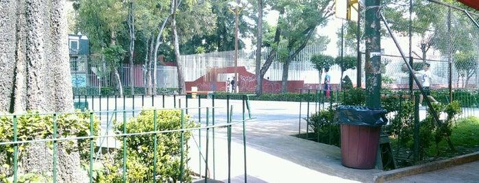 Parque El Pipila is one of Posti che sono piaciuti a Adrian.