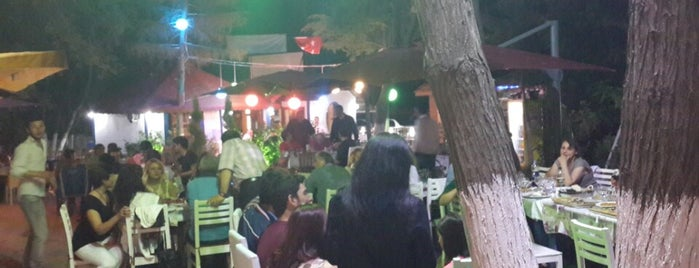 Mira Restaurant & Ocakbaşı is one of Deniz'in Beğendiği Mekanlar.
