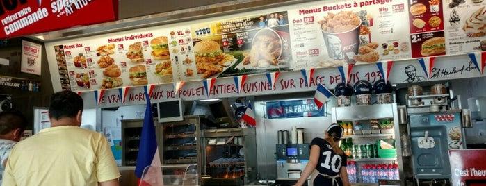 KFC is one of สถานที่ที่ Mickael ถูกใจ.