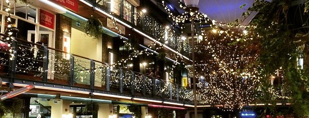 Kingly Court is one of London.