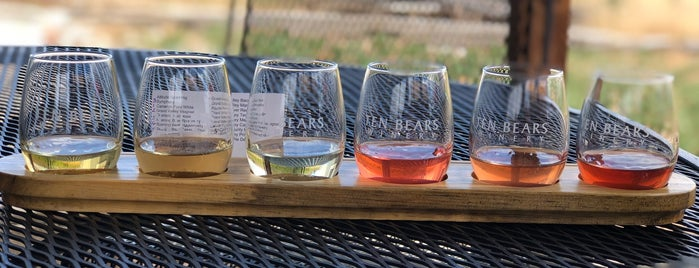 Ten Bears Winery is one of Fort Collins.