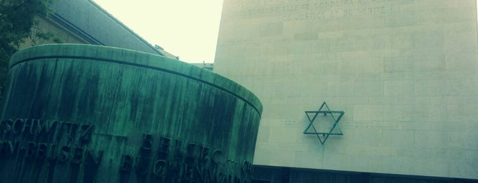 Mémorial de la Shoah is one of Paris, France.