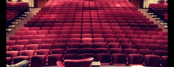 Lucie Stern Community Theatre is one of Lugares guardados de Adam.
