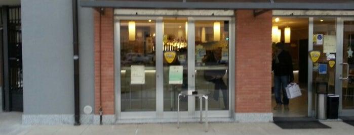 Caffe del Conte is one of Locais curtidos por Mik.