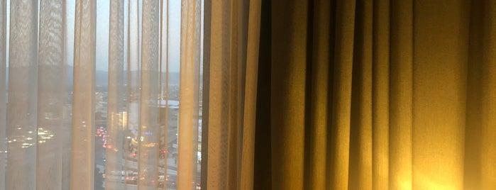 Holiday Inn Bursa - City Centre is one of Lieux qui ont plu à FIRAT.