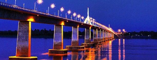 1st Thai-Lao Friendship Bridge is one of 高井'ın Beğendiği Mekanlar.