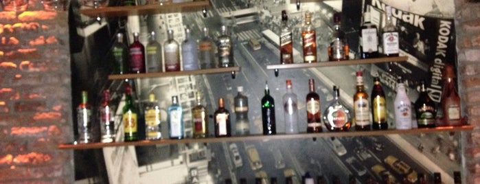 Return Cafe&Pub is one of Orte, die Doğancan gefallen.