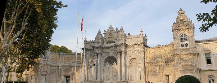 Dolmabahce Hazinekapı is one of Locais curtidos por Fadlul.