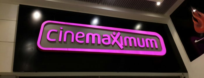 Cinemaximum is one of Orte, die Ilker gefallen.