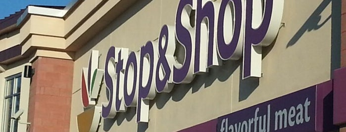 Super Stop & Shop is one of Posti che sono piaciuti a Denise D..